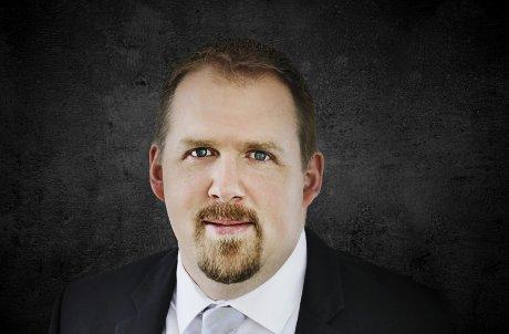 Portrait Dr Nick Carnagey